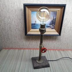 Лампа из труб  с краном...