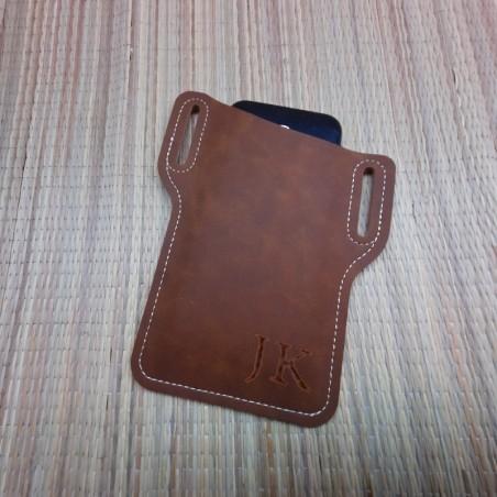 Кожанный чехол для телефона на ремень с индивидуальной гравировкой