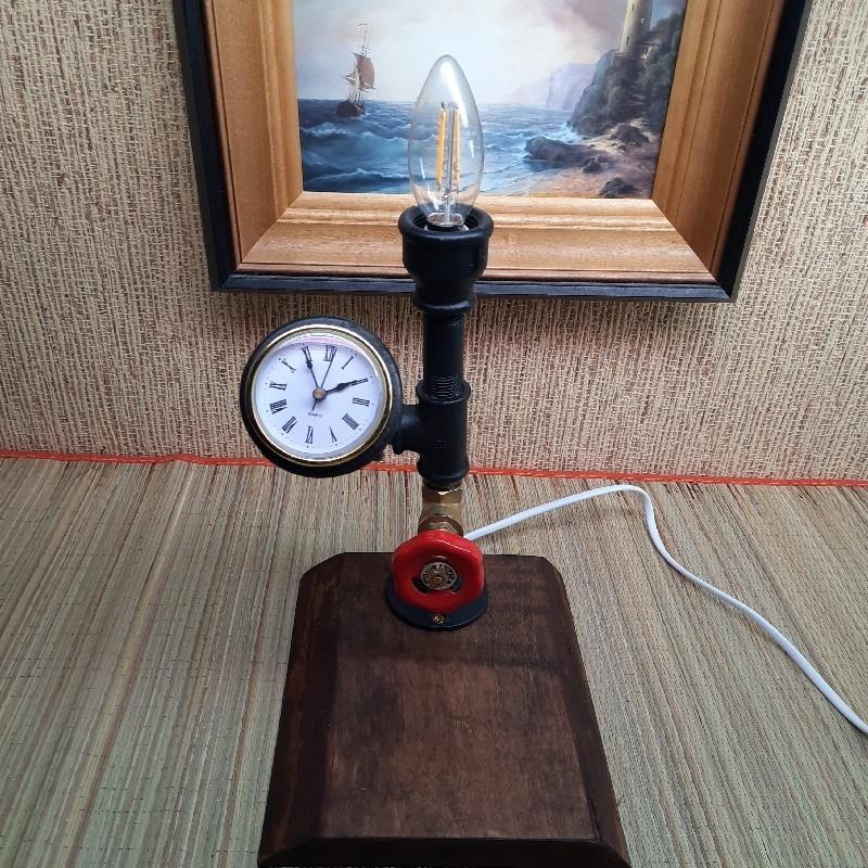 Toru lamp  kellaga käsitöö  personaalse graveeringuga