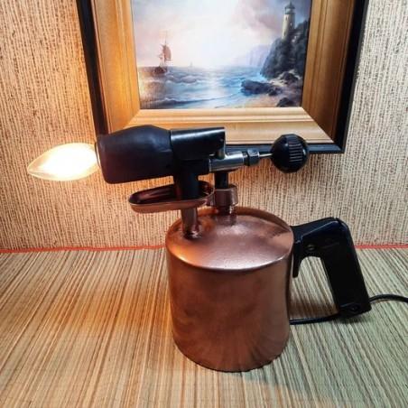 Vintage lamp Personointi kaiverrettu teksti