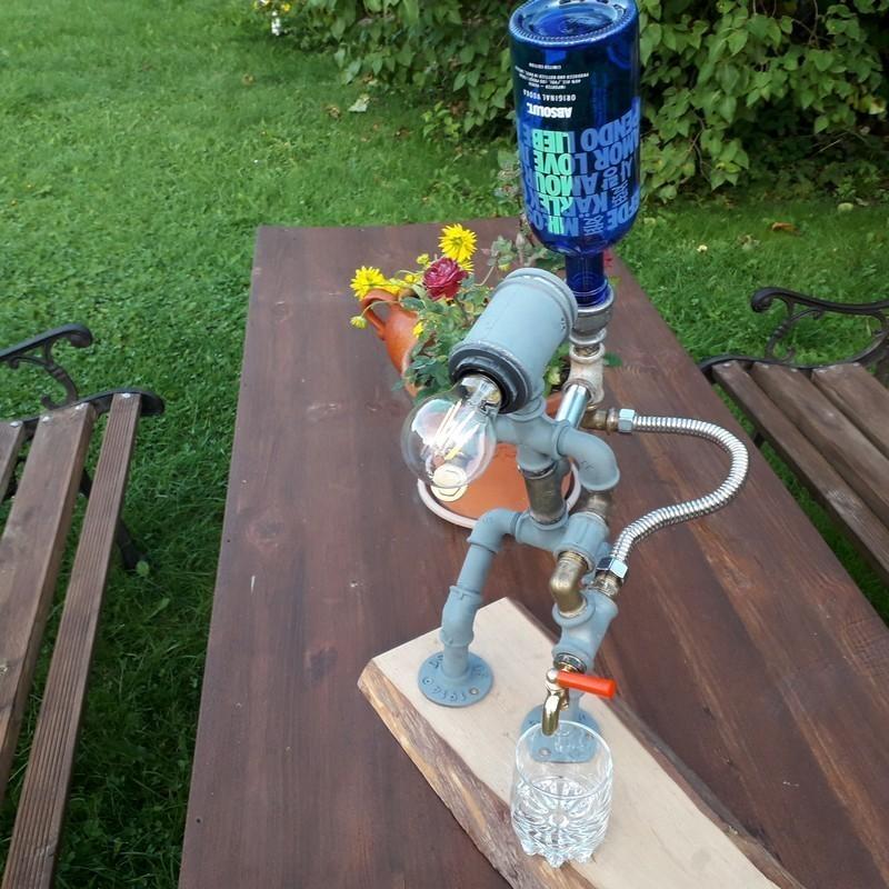 Toru lamp  joogi dosaator robot käsitöö