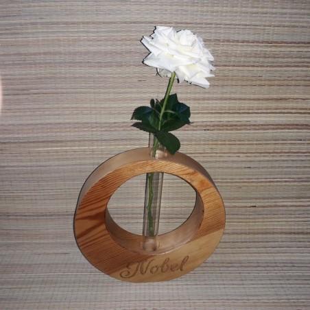 Puidust mini vaas-kolb personaliseeritud graveeringuga