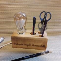 Edisoni lamp puidust klots...