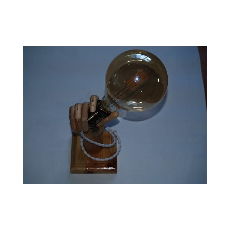 Puidust lamp käsi personaalse graveeringuga