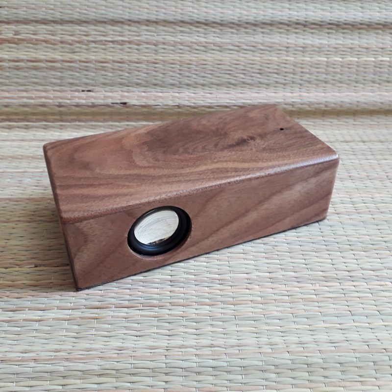 Juhtmevaba music box kõlar personaalse graveeringuga