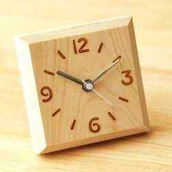 Деревянные настольные часы...