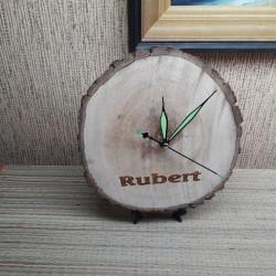 Деревянные настенные часы с...