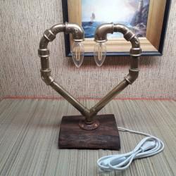 Лампа из труб сердце с...